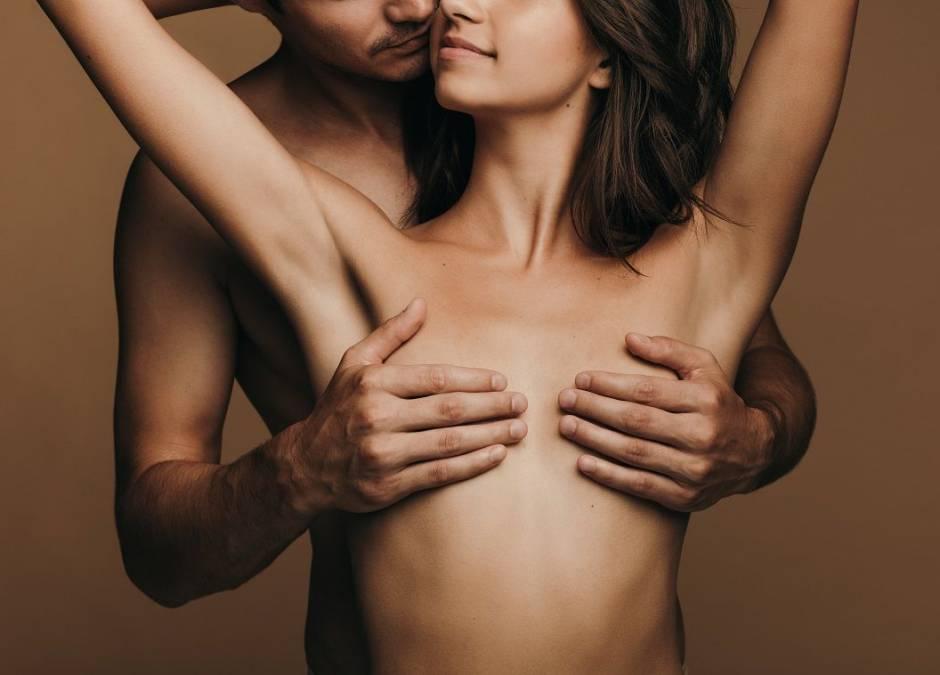 Jak doprowadzić kobietę do orgazmu sutkowego?